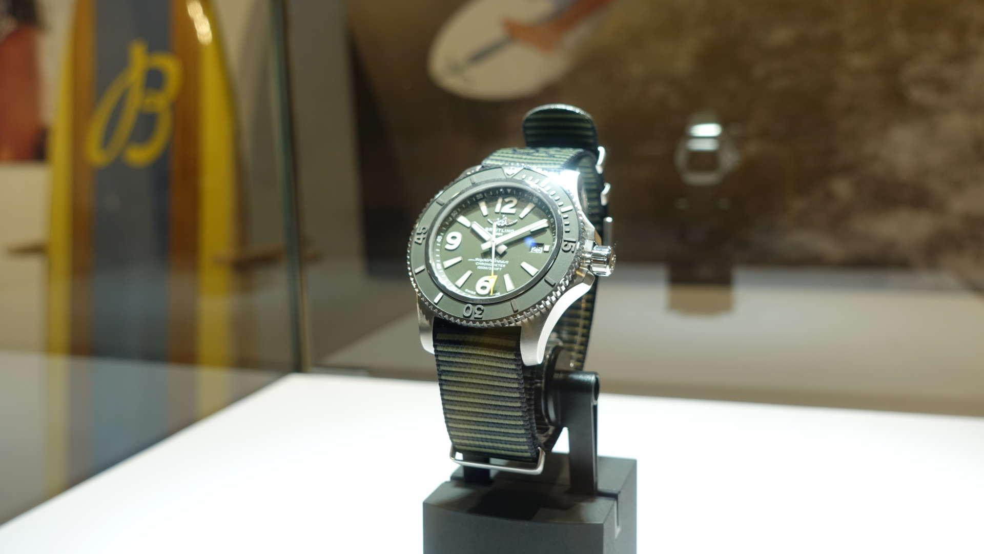 百年靈Superocean Automatic 超級海洋自動腕錶Outerknown特別版,NTD 134,000。