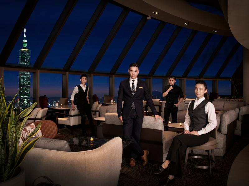 WE CHEERS|跟著冠軍調酒師一起滿足飛出國的夏日欲望