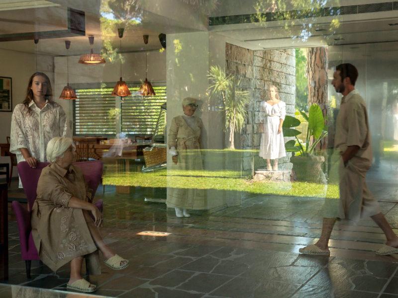 家的力量|FENDI 詮釋家人生活的 La Famiglia 時尚大秀