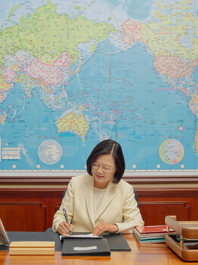 時人年度百大|蔡英文總統、祁家威入選展現台灣多元性
